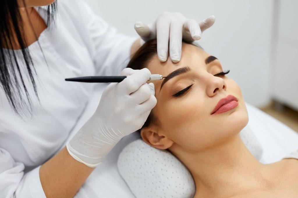 waxing - facials-cosmetic tattoo elimbah - semi permanent lip and eyebrow makeup elimbah qld