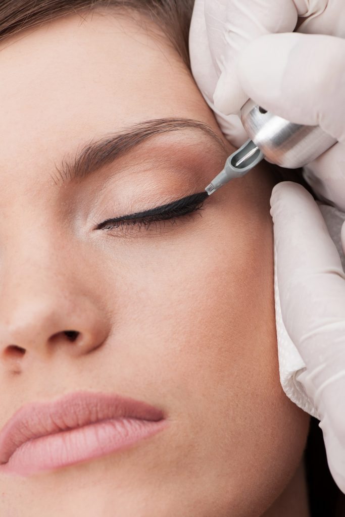 eyebrows lips cosmetic tattoo mooloolah valley qld - waxing - facials - permanent makeup - beauty clinic mooloolah valley - cosmetic tattoo specialist
