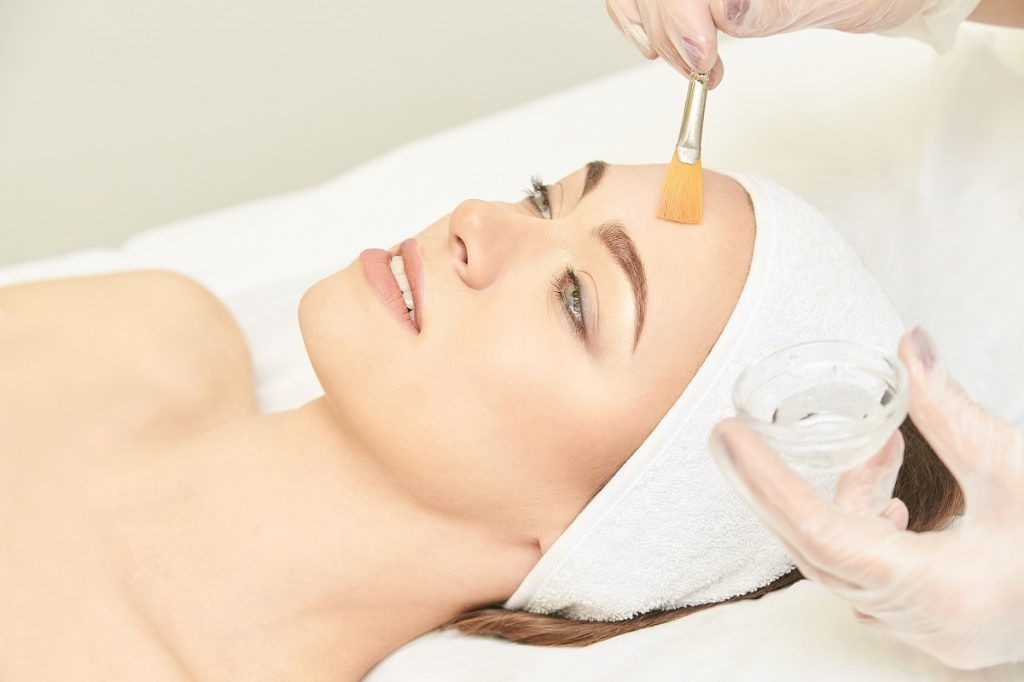 semi permanent lip and eyebrow makeup peachester qld - waxing - facials - cosmetic tattoo peachester
