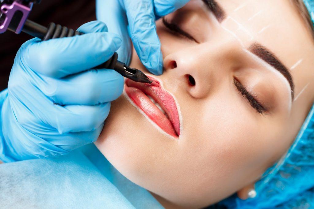eyebrows lips cosmetic tattoo bells creek qld - waxing - facials - permanent makeup - beauty clinic bells creek - cosmetic tattoo specialist