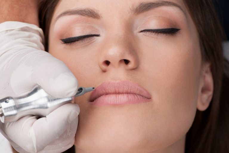 lip tattoo sunshine coast – semi permanent makeup – cosmetic tattoo studio